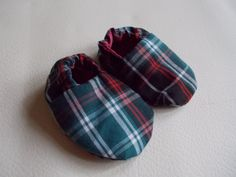 Christmas Baby Slippers and by BabySparrowInc on Etsy