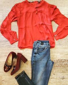 Silky feel blouse #MaisonScotch Vintage Jeans #Drykorn Bordaux Heels #NeroGiardini www.partnermode.nl