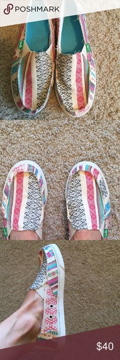 "Sanuk ""Sidewalk Surfers"" shoes NEW, never worn! Sanuk ""Sidewalk Surfers"" shoes, size 8 Sanuk Shoes Flats & Loafers"