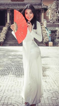 Vietnamese Traditional Dress, Vietnamese Dress, Traditional Dresses, Ao Dai, Asian Woman, Asian Girl, Top Model Fashion, Sexy Long Dress, Ethnic Dress