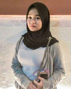 Hijab Pins, Girl Hijab, Beautiful Hijab, Queen, Beauty, Fashion, Beleza, Moda, Fashion Styles