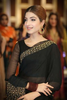 Pakistani Party Wear, Pakistani Wedding Dresses, Pakistani Dress Design, Pakistani Outfits, Dresses Kids Girl, Girls, Black Saree, Dress Indian Style, Elegant Saree
