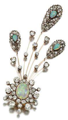 Opal, diamond pin