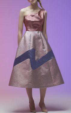 Vika Gazinskaya Look 1 on Moda Operandi Fall Dresses, Evening Dresses, Pretty Dresses, Purple Fashion, High Fashion, Luxury Fashion, Women's Fashion, Couture Dresses, Strapless Dress Formal