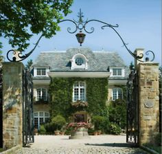 I love nice houses with gates, just gives them a sense of independence