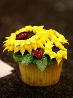 Cool sunflower cupcake | from the 'Hello, Cupcake' cookbook | by Ralph Lauer/McClatchy-Tribune | via nj.com