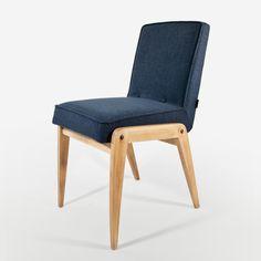 Retro Home Decor Retro Home Decor, Aga, Interior Design Inspiration, Midcentury Modern, Floor Chair, Vintage Shops, Chair Design, Accent Chairs, House Design