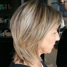 Mid-Length Layered Cut