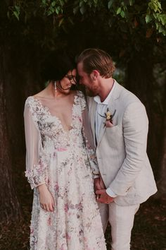 HANNAH & RYAN'S SUNSHINE COAST WEDDING – Hello May Blue Suit Wedding, Wedding Suits, Linen Wedding Suit, Welsh Weddings, Gray Weddings, Bridal Gowns, Wedding Gowns, Bridal Outfits, Groom Tux