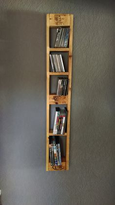 Wall shelves - pallet furniture pallets - CD and DVD shelf - a Wandregale – Palettenmöbel-Paletten- CD und DVD Regal – ein Designerstück von … Wall shelves – Pallet Furniture-Pallet- CD and DVD shelf – a unique product by Nordi-Design on DaWanda - Diy Pallet Projects, Pallet Ideas, Furniture Projects, Wood Projects, Home Furniture, Furniture Shopping, Furniture Removal, Furniture Storage, Luxury Furniture