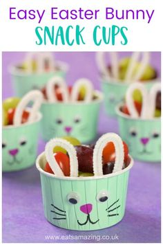 How to make cute and easy Easter Bunny Snack Cups - fun healthy Easter food idea. - How to make cute and easy Easter Bunny Snack Cups – fun healthy Easter food idea for kids - Mini Snacks, Easter Snacks, Fun Snacks For Kids, Easter Treats, Easter Party, Easter Recipes, Easter Food, Easter Desserts, Kids Fun