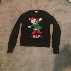 Christmas sweater cute & perfect for the holidays never worn says #sELFie super adorable sweater Arizona Jean Company Tops Sweatshirts & Hoodies