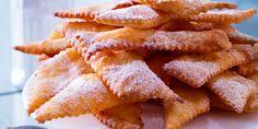 Merveilles à l'ancienne Beignets, Mardi Gras, Algerian Recipes, Algerian Food, Carnival Food, Breakfast Pastries, Snack Recipes, Snacks, Culinary Arts