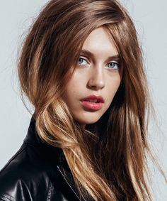 How To Look Artfully Disheveled — Not Sloppy #refinery29  http://www.refinery29.com/messy-hair-makeup-styles