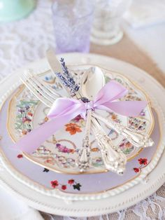 <3 Just Love The Ribbon And Lavender Tied On Flatware~Must Try This One~KKS