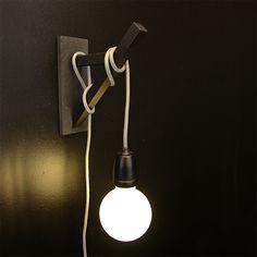 Bracket - NUD Collection - https://www.livingdesign.be/nl/merken/nud-collection