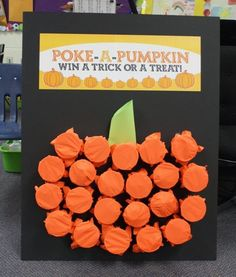Project Denneler: Poke-A-Pumpkin. A quite version of the pop a balloon pumpkin game. Halloween Kid Games, Preschool Halloween Party, Halloween Crafts, Fall Party Games, Pumpkin Games, Halloween Festival, Halloween Pumpkins, Tic Tac, Costume Ideas