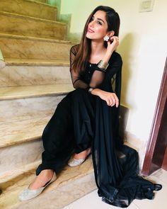 Maya Ali Pakistani Designer Suits, Indian Designer Wear, Pakistani Dresses, Indian Dresses, Best Bride, Maya Ali, Eid Outfits, Desi Clothes, Indian Couture