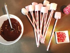 How to! Marshmallow Pops -