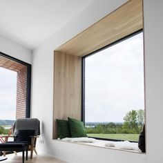 Hands down, my favourite window seat of all time. The green cushions bring the view into the house with the perfectly framed window seat. Modern Interior Design, Interior Architecture, Interior Ideas, Luxury Interior, Design Interiors, Modern Window Design, Windows Architecture, Contemporary Interior, Bay Window Designs