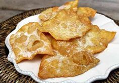 i crostoli della nona Spanish Desserts, Spanish Dishes, Spanish Food, Mexican Food Recipes, Sweet Recipes, Dessert Recipes, Kitchen Recipes, Cooking Recipes, Colombian Cuisine