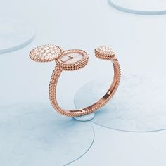 Dive into Oscar Pettersson's vision and ride along Perlée rose gold and diamonds watch. Gold Rings Jewelry, Jewelry Art, Diamond Jewelry, Jewelery, Stylish Jewelry, Luxury Jewelry, Bijoux Design, Jewelry Design, Van Cleef And Arpels Jewelry