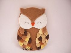 Items similar to Personalized felt owl ornament - handmade felt owl ornament - felt Christmas ornament - Christmas ornament - Shades of brown owl 2018 on Etsy Felt Christmas Decorations, Christmas Owls, Felt Christmas Ornaments, Handmade Ornaments, Handmade Felt, Christmas Crafts, Beaded Ornaments, Homemade Christmas, Glass Ornaments