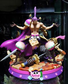 Action Figures Anime, One Piece Theme, Zoro One Piece, Anime Toys, Anime Figurines, Dc Comics Art, Anime Merchandise, Otaku, Body Painting