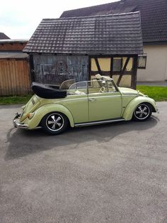 Cabrio Vw, Vw Cabriolet, Beetle Bug, Vw Beetles, Volkswagen Convertible, Porsche, Vw Classic, Engin, Vw Cars