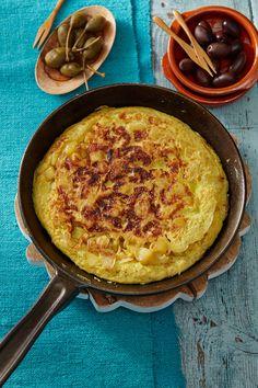 Traditionelle spanische Tortilla, ein sehr leckeres Rezept aus der Kategorie Spanien. Bewertungen: 205. Durchschnitt: Ø 4,6.