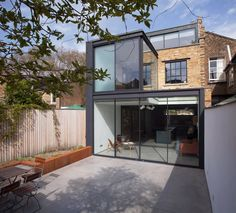 Studio 30 Architects Refurbish and Extend a Standard Georgian Terraced House in London, England Terraced House, House Extension Design, House Design, Roof Extension, Extension Ideas, Zinc Roof, Georgian Terrace, Street Pictures, London House