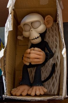 Seguimos con Mascaruca!    Después de varias pruebas hemos podido sacar una muestra casi definitiva del Mono Calavera ¡en color! que, co...