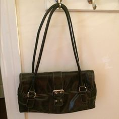 Purse Elegant black purse. Goes with everything. Bags Shoulder Bags