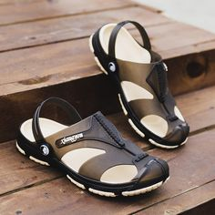 7d3fa1ab2887bb Men Clogs Sandal Casual Leisure Shoe Hook Loop Brand Slipper Men Summer  Casual Garden Shoes Breathable