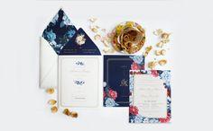 Paperi & Co. | Blue Chinoiserie Wedding Invitation #paperiandco…