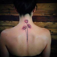 Tiny tattoo idea - california poppy flower tattoo the best flowers Cool Small Tattoos, Small Tattoo Designs, Flower Tattoo Designs, Great Tattoos, Unique Tattoos, Awesome Tattoos, Bff Tattoos, Sleeve Tattoos, Tattoos For Guys