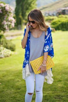 Pleated tank, floral kimono, white denim and a yellow clutch - Twenties Girl Style