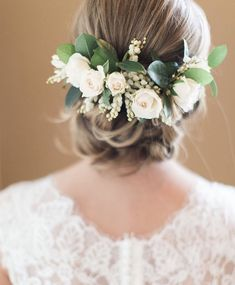 bridal hair flowers // clementine botanical art // jess barfield photography - All For New Hairstyles Red Bridal Hair, Bridal Hair Vine, Wedding Hair Flowers, Wedding Hair Pieces, Flowers In Hair, Flower Crown Hairstyle, Wedding Hair Inspiration, Hair Wreaths, Floral Headpiece