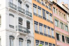 French pastel apartments in Lyon on ANNE in FASHION | Wintertime in Lovely Lyon, France ~ Part Three