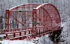 Bardwell's Ferry Bridge in Franklin County, Massachusetts Constructed in Weekend In New England, Bridge Builder, Shelburne Falls, Love Bridge, Old Bridges, Steel Bridge, Franklin County, Corrugated Metal, Covered Bridges