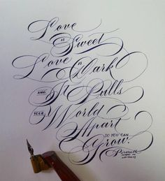Buying Guide of Calligraphy Writing & Hand Lettering Pens & Markers Calligraphy Qoutes, Calligraphy Fonts Alphabet, Copperplate Calligraphy, Hand Lettering Alphabet, How To Write Calligraphy, Hand Lettering Quotes, Script Lettering, Graffiti Lettering, Lettering Styles