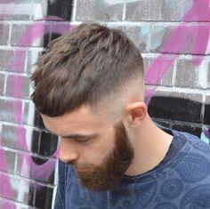 Mens Hairstyles With Beard, Hair And Beard Styles, Hairstyles Haircuts, Haircuts For Men, Curly Hair Styles, Crop Haircut, Fade Haircut, Hair Jazz, Hair 2018