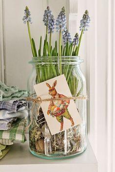 bulbs in a jar - simple spring idea