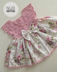 Smocked Baby Clothes, Diy Clothes And Shoes, Dress Clothes For Women, Crochet Baby Clothes, Dresses Kids Girl, Doll Clothes, Little Kid Fashion, Kids Fashion, Baby Girl Dress Design