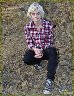 Ross Lynch Gets Wet During 'Smile' Music Video Filming - See the BTS Pics!