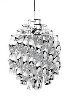 """Min super flotte """"prisme"""" lampe A-M Spiral Sølv - Verner Panton - Verpan Crystal Ceiling Light, Ceiling Pendant, Pendant Lamp, Pendant Lighting, Ceiling Lights, Luminaire Design, Lamp Design, Boconcept, Suspension Design"""