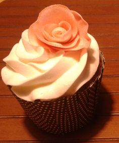 Delicate Cupcake - made by Doce Saudade