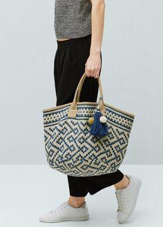 Jacquard veske i jute - Vesker for Damer Blue And White Bags, Ethnic Bag, Boho Bags, Jute Bags, Basket Bag, Summer Bags, Spring Summer, Summer Wear, Summer Fun