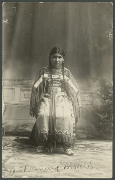 Portrait of a young Cheyenne girl - 1 - Kansas Memory Native American Children, Native American Pictures, Native American Beauty, Native American History, Native American Indians, American Symbols, Native Drawings, Cheyenne Indians, Antique Photos