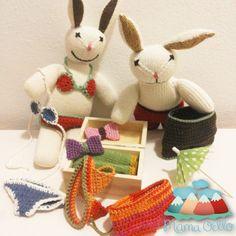Bio Kuscheltier Hasen-Paar beim Kofferpacken